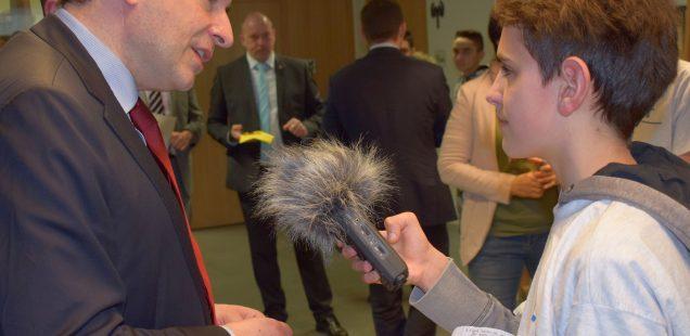Marco bereitet Radiomacher auf Minister vor