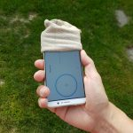 Socke als Windschutz für's Smartphone